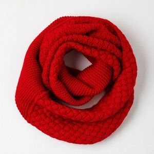 🆕 ModCloth Red Infinity Scarf